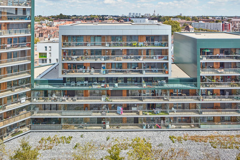 Lipsky+Rollet's mixed-use EKLA complex: an inhabited island in Euralille