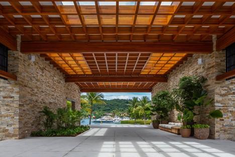 Reinach Mendonça Arquitetos Associados designs new entrance and social club for the Laranjeiras Condominium in Rio de Janeiro