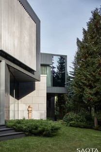 SAOTA Silver Pine, a house in a pine grove in Moscow