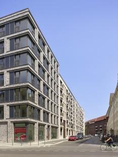 Tchoban Voss Architekten Embassy living alongside Köllnischer Park, Berlin