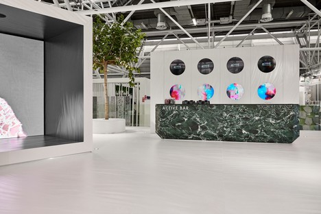 """The Iris Ceramica Group at Cersaie with &ldquoLuce"""" and Hypertouch"""