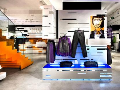 H&M shop, Barcelona - Studio Mariscal