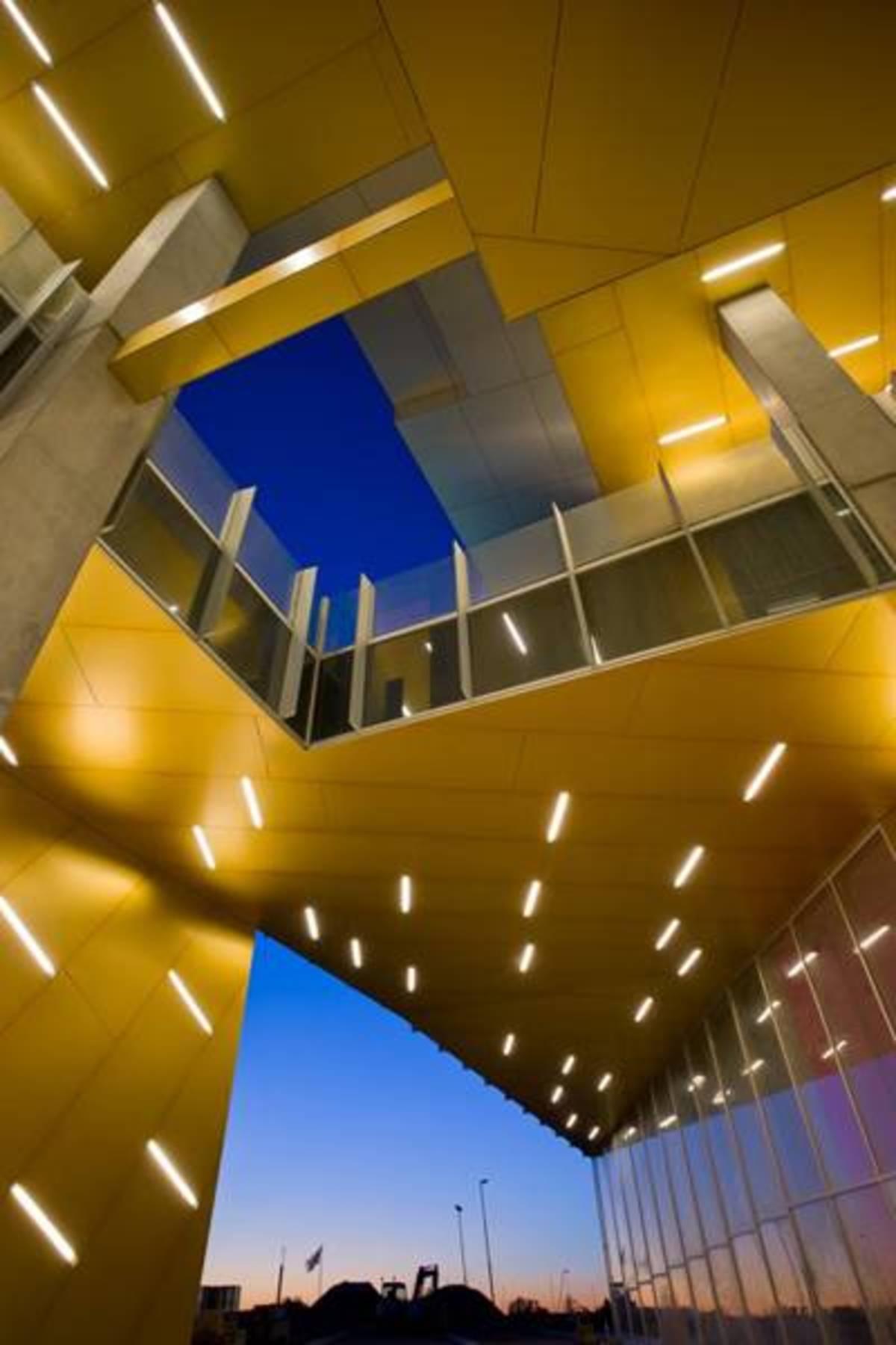 8 House Big Bjarke Ingels Floornature