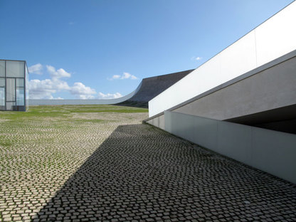 Steven Holl Architects 07_steven_holl_mini.jpg
