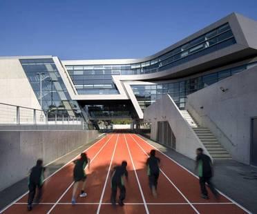 Zaha Hadid wins the 2011 RIBA Stirling Prize