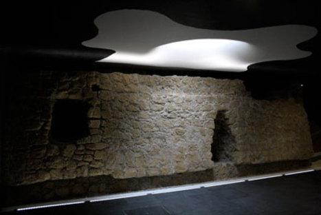 Oscar Tusquets Blanca, Toledo art station, Naples