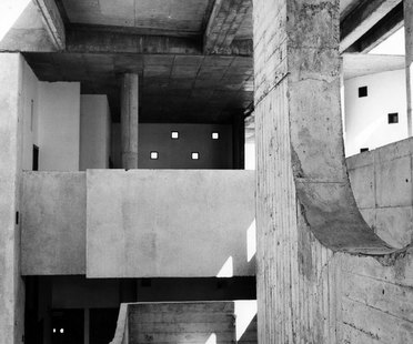 LUCIEN HERVÉ - Le Corbusier in India exhibition