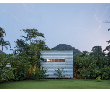 10+10. MODERNIST AND CONTEMPORARY BRAZILIAN HOUSES exhibition