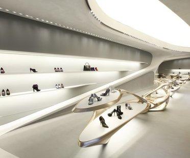 Zaha Hadid, Stuart Weitzman International Flagship Store, Via Sant'Andrea, Milano