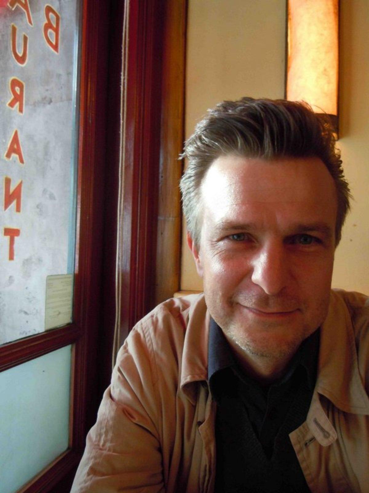 Robert Kirkbride – Associate Professor of Product Design, Constructed Environments.