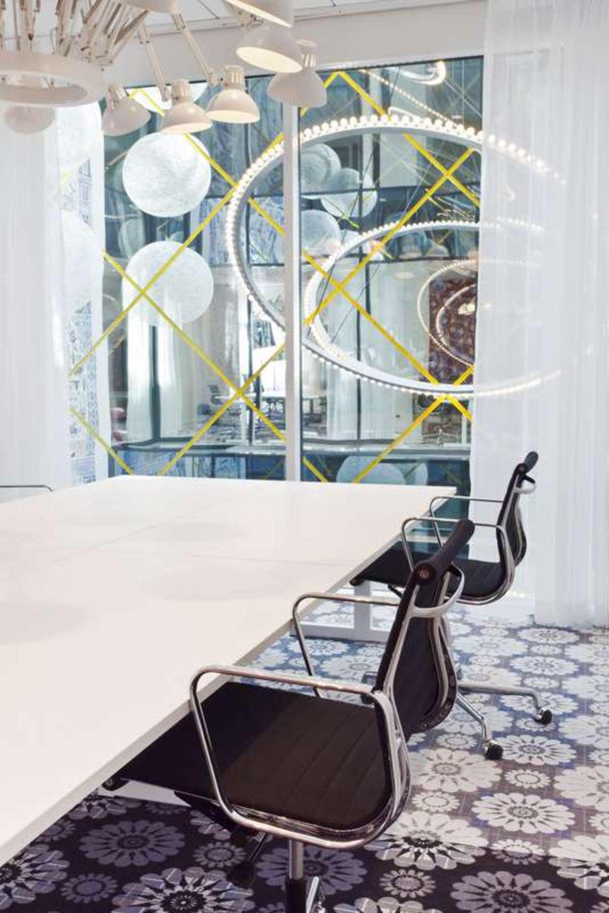 Marcel wanders andaz amsterdam prinsengracht interior for Interieur design amsterdam