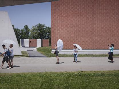 Álvaro-Siza's promenade inaugurated at the Vitra Campus in Weil am Rhein