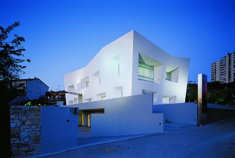 Andrija Rusan / Rusan Arhitektura , Lumenart – House of Light.ph Damir Fabijanic