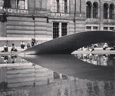 Zaha Hadid Architects, Installazione Crest al London Design Festival