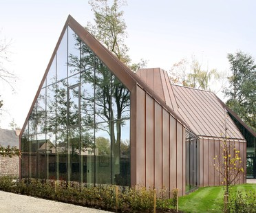 House VDV by Graux & Baeyens, a contemporary Flemish farmhouse