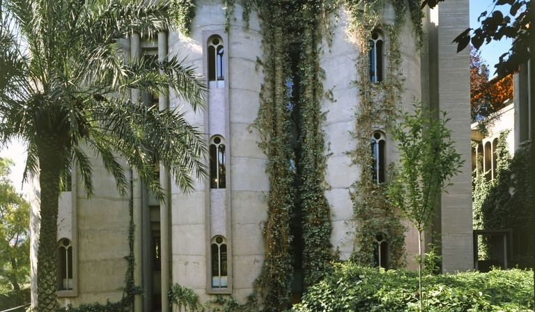 Ricardo Bofill and La Fàbrica: studio in a former cement factory
