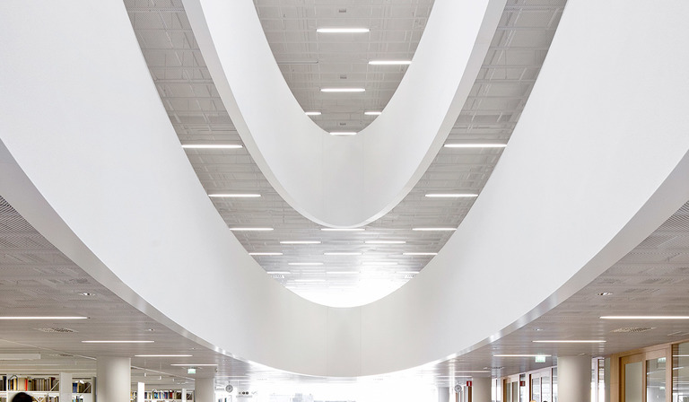 Anttinen Oiva and Helsinki University Main Library (Kaisa house)