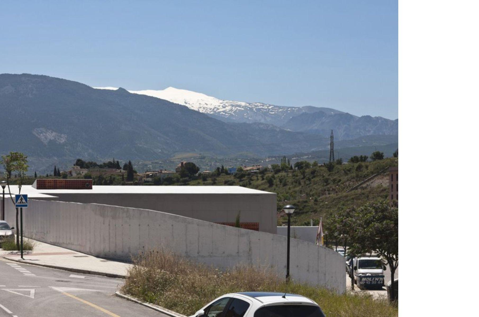 Elisa Valero Ramos and the El Serrallo School at Granada
