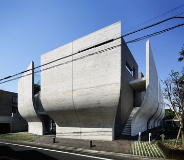 ARTechnic architects designed Breeze, a residential building containing an office in Tokyo