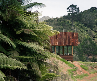 Herbst Architects' K Valley House: a refuge in New Zealand