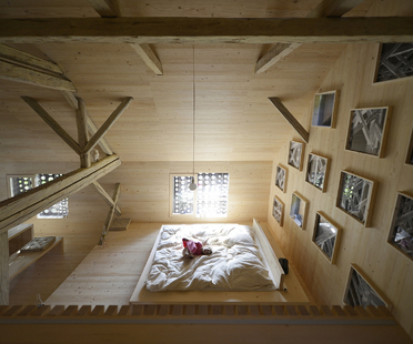 OFIS architects: Alpine barn tourist apartment in Bohinj, Slovenia