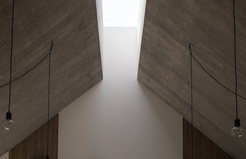 Dekleva Gregoric Architects: House with chimney in Logatec, Slovenia