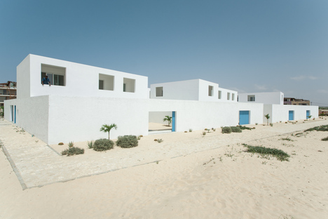 José Adrião: housing complex in Praia do Estoril, Cape Verde
