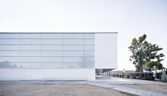 Alberto Campo Baeza: UFV multi-sport pavilion in Madrid