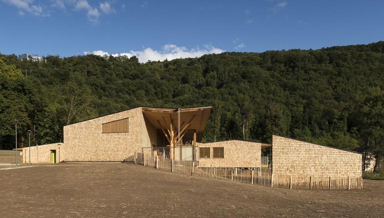 R2k architectes: Relais d'Assistance Maternelle in Tencin, France