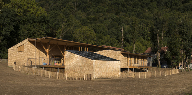R2k architectes: Relais d'Assistance Maternelle in Tencin, France