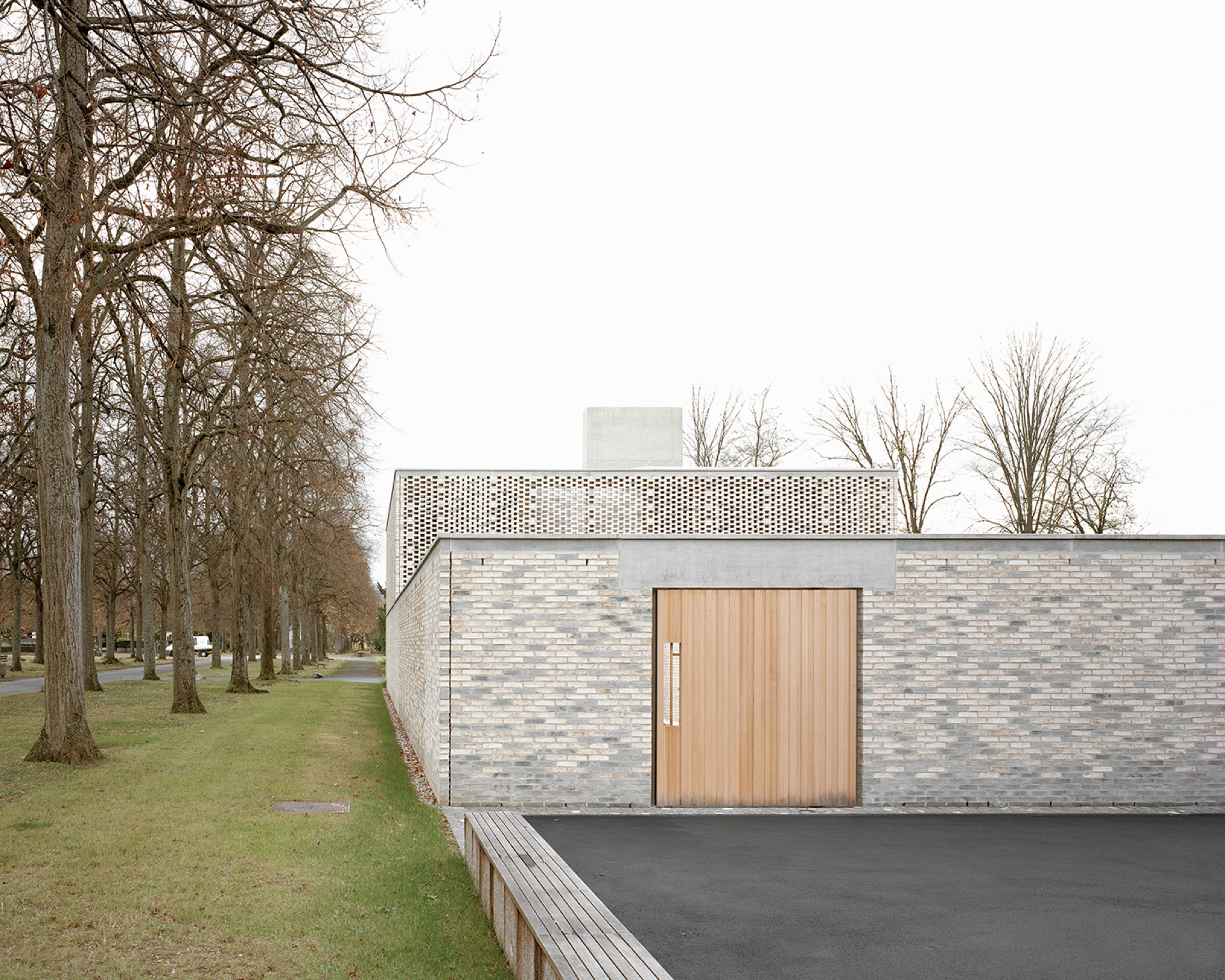Garrigues Maurer: new crematorium for the Hörnli cemetery, Basel