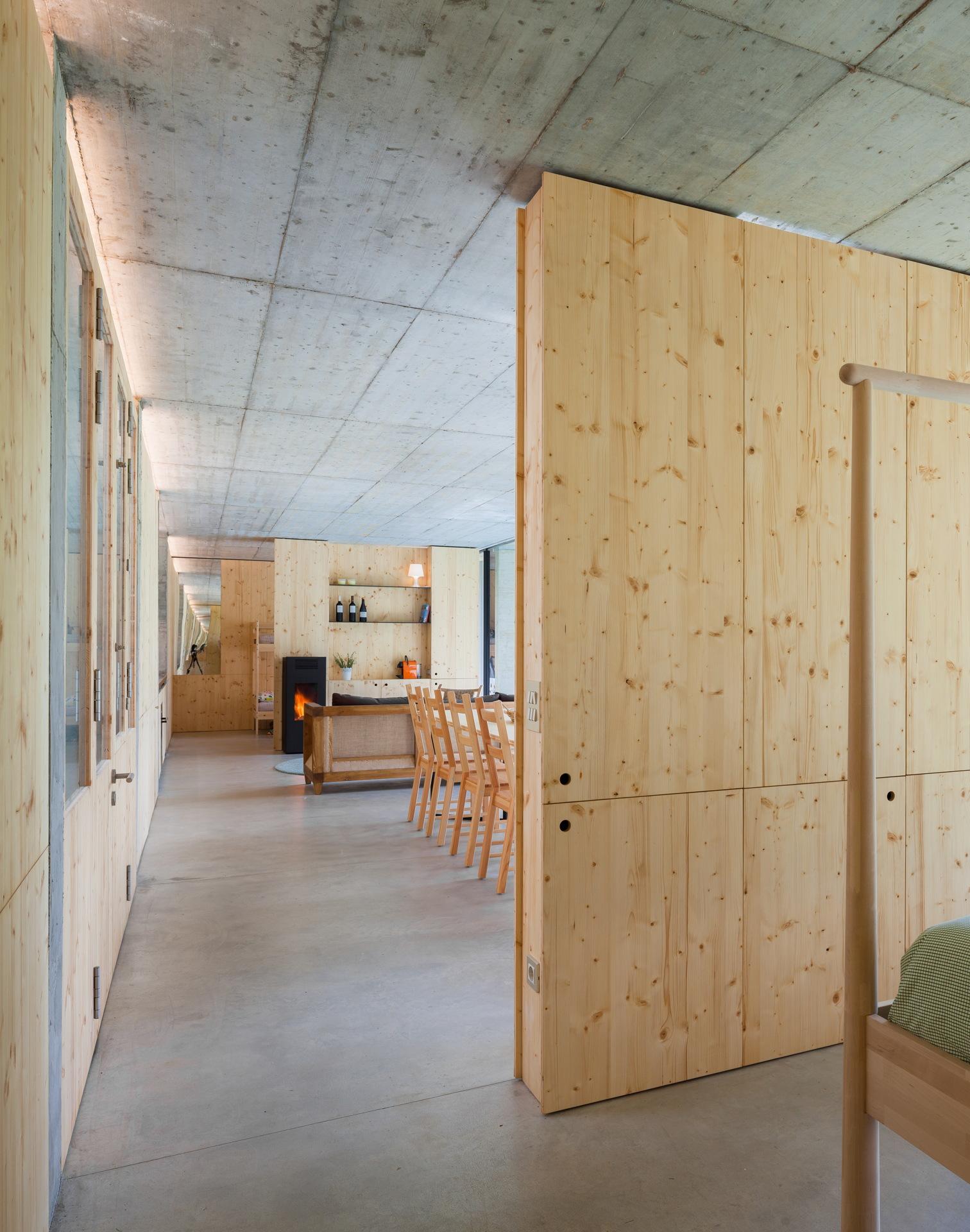 Arnau estudi d'arquitectura: Retina home in Santa Pau, Girona