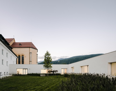 Barozzi/Veiga: Brunico Music School in Alto Adige