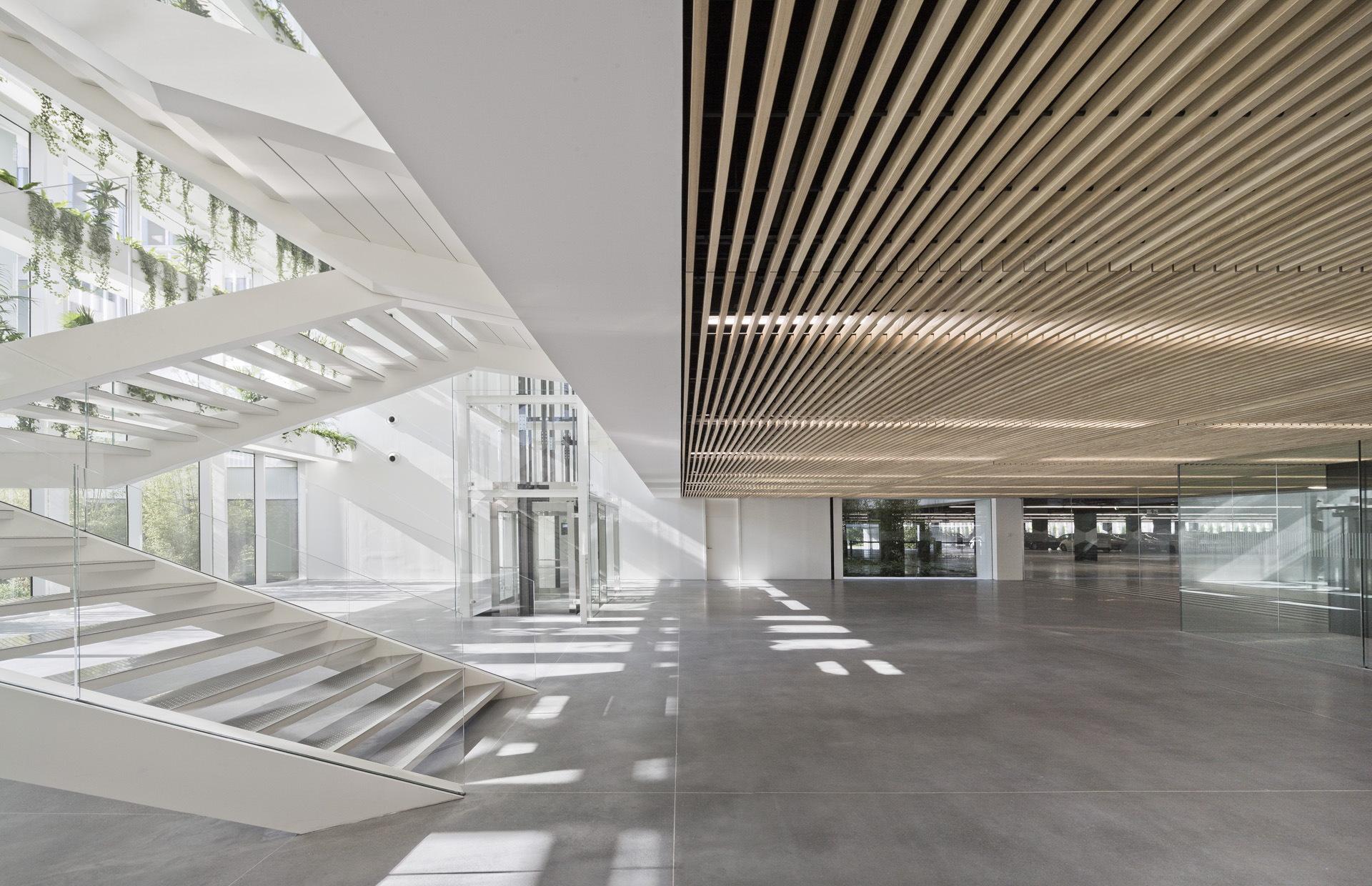 Batlle I Roig: new Stradivarius headquarters in Cerdanyola del Vallès