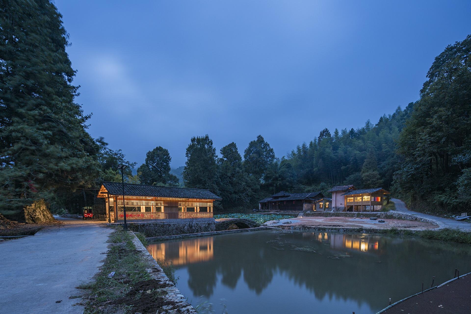 He Wei: Shangping Village Regeneration