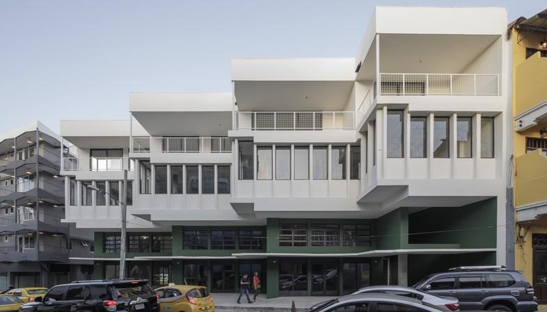 Sketch: renovation of La Moderna in Panama