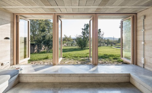Harquitectes: holiday home in Ullastret, Girona