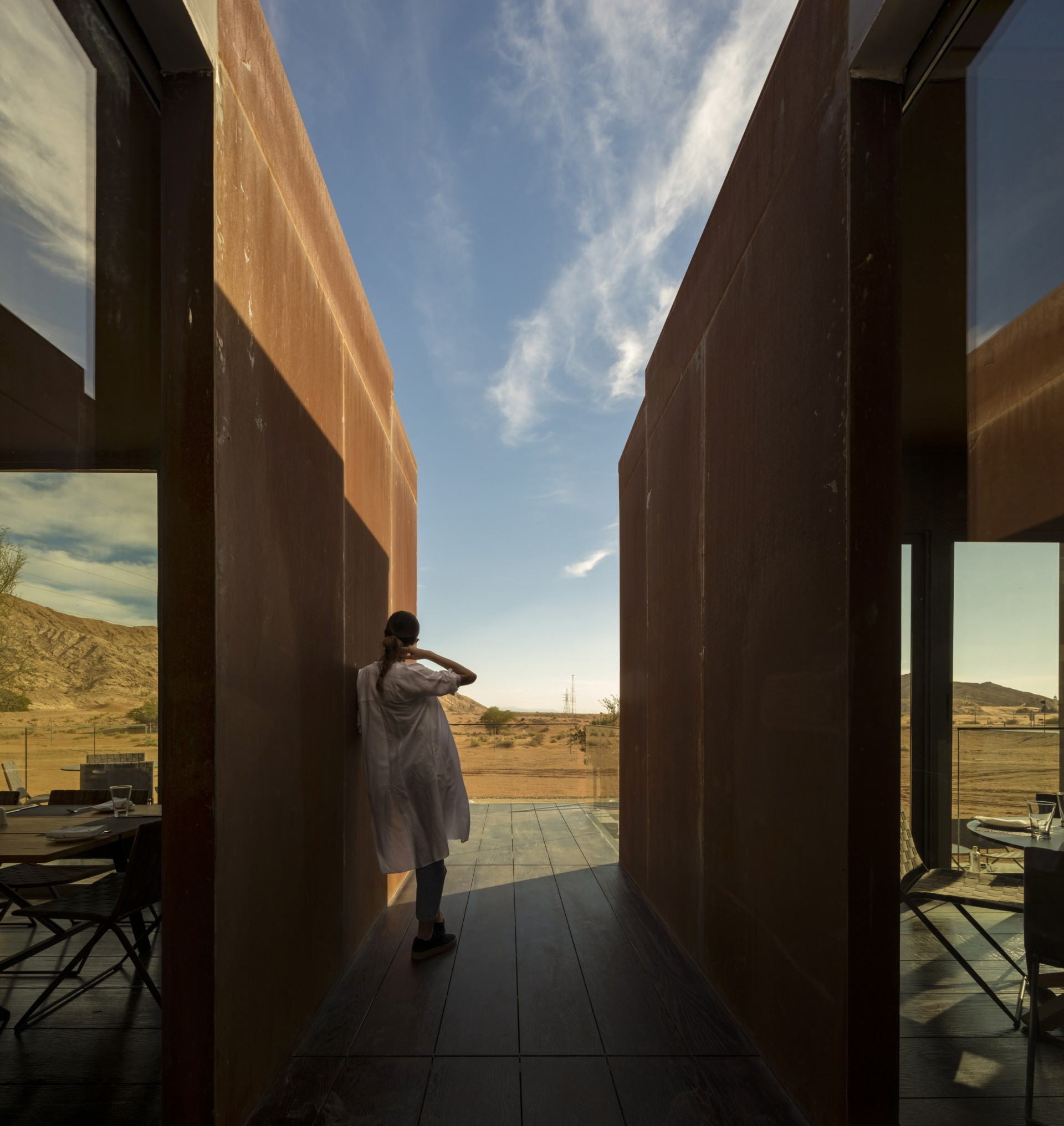 Anarchitect: the Al Faya Lodge in the Sharjah Desert United Arab