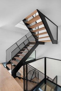 _naturehumaine's Dessier Residence: a duplex becomes one