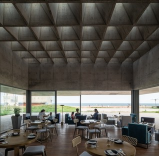 Vector Architects: Restaurant y Sea in China's Beidaihe district
