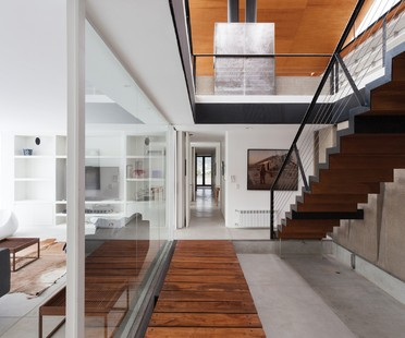 CS House by Alric Galindez