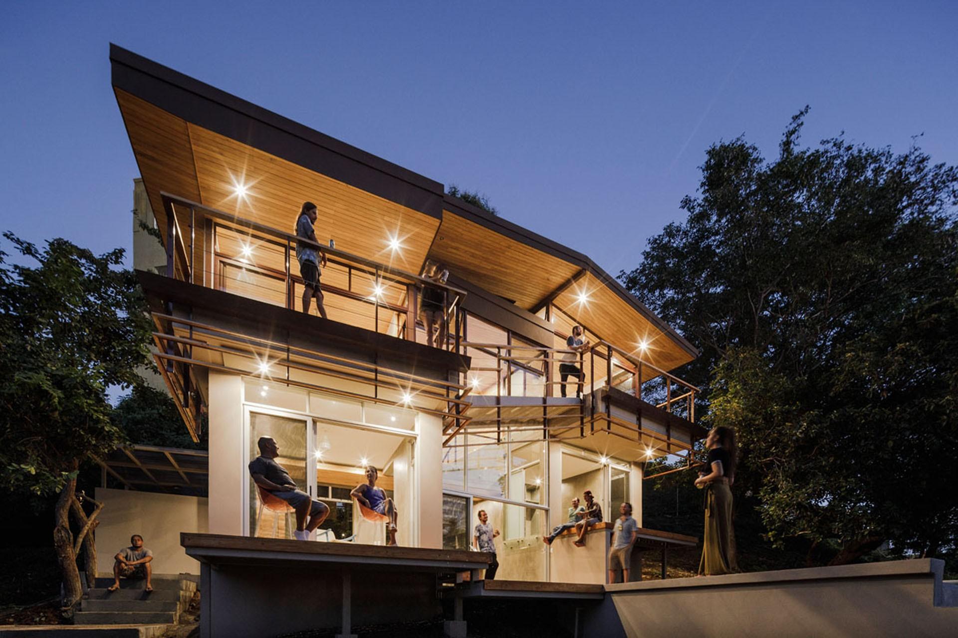 Balcony House by Laboratory Sustaining Design | Floornature