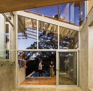 Balcony House by Laboratory Sustaining Design