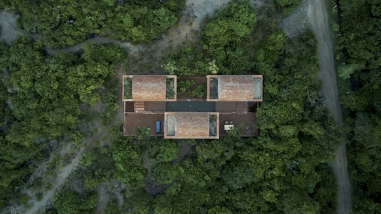 Ambrosi Etchegaray: Casa Volta in Puerto Escondido, Mexico