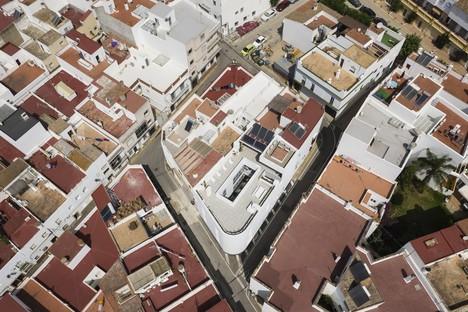 KAUH ARQUITECTURA y PAISAJISMO: House in Conil de la Frontera