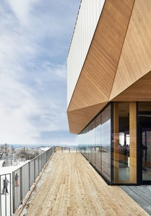 Lemay designs an all-round view for the Bromont Summit Chalet