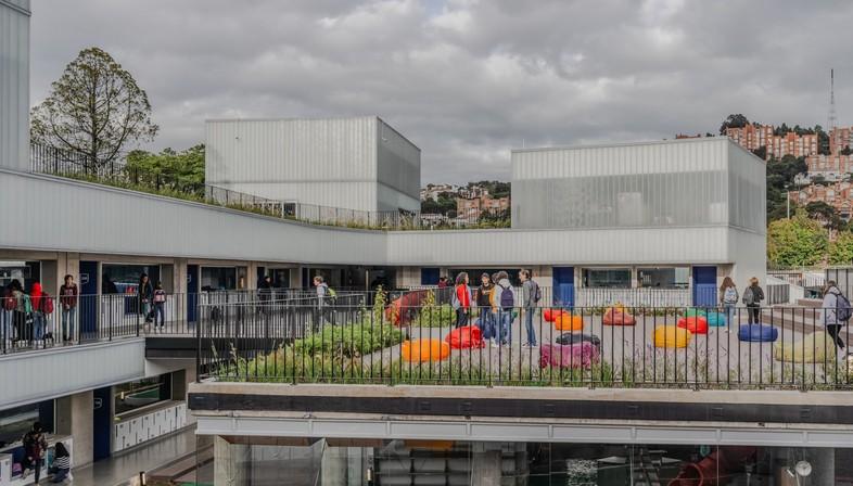 Mazzanti: Expansion of Colegio Helvetia in Bogotá