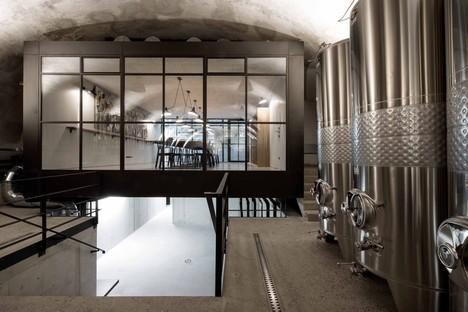 Gut Wagram: Destilat of Vienna for Weinmanufaktur Clemens Strobl