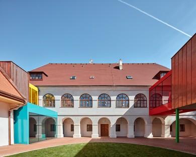 Public Atelier + FUUZE: Expansion of Vřesovice school