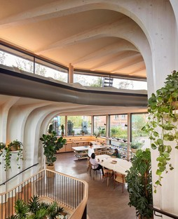 Heatherwick Studio has completed the new Maggie's Centre in Leeds